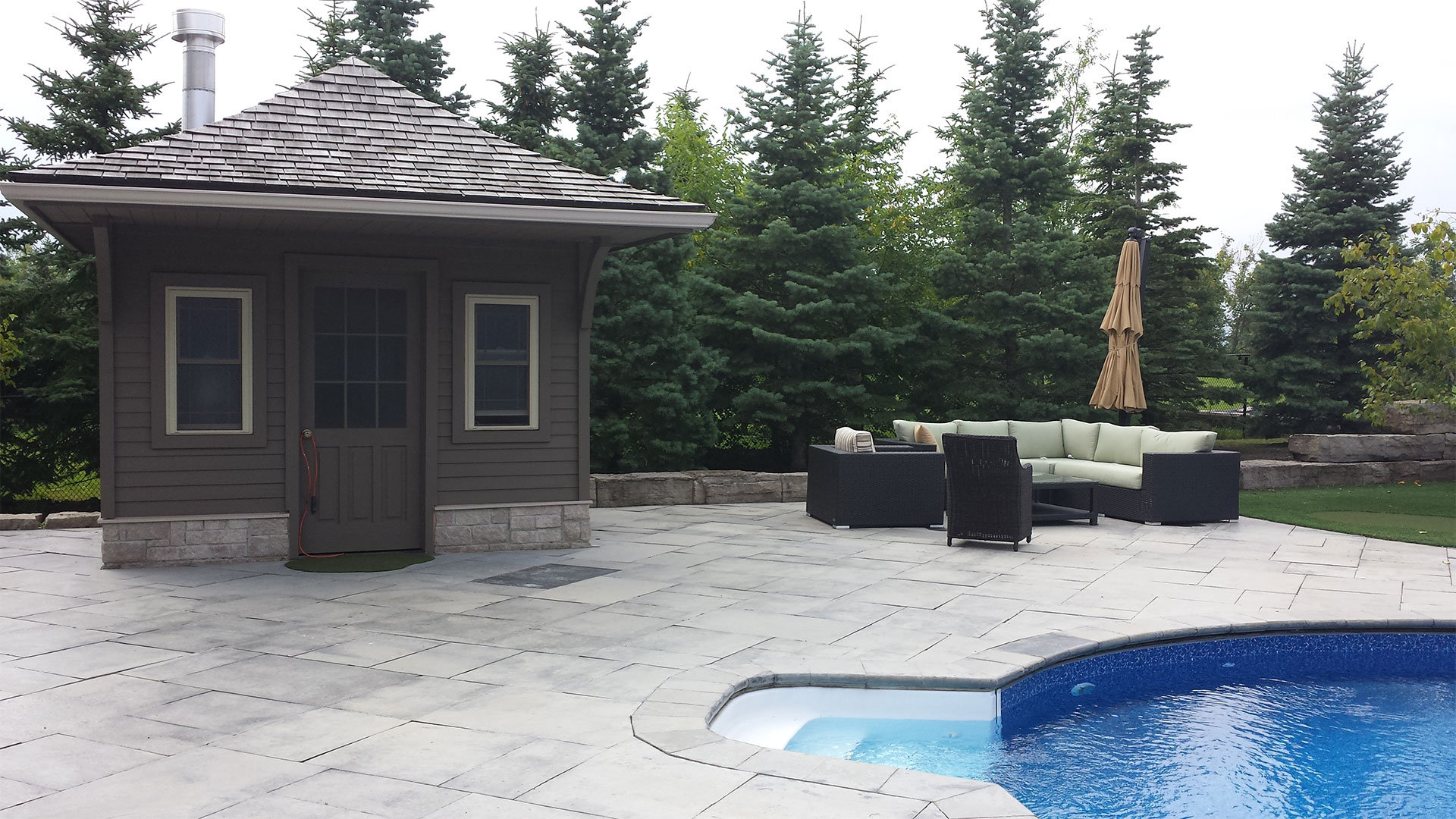 Backyard Pools Aurora Interlock